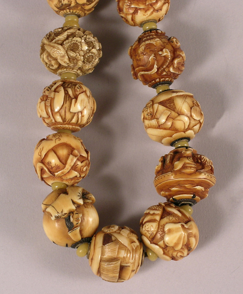 USC Pacific Asia Museum「Necklace of 34 carved ojime beads」:写真・画像(6)[壁紙.com]