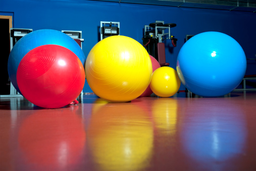 Sphere「Fitness Colorful Balls Waiting for Action」:スマホ壁紙(10)