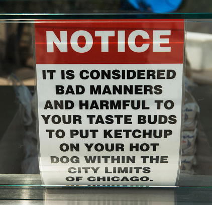Hot Dog「Humorous sign about the use of ketchup on hot dogs」:スマホ壁紙(13)