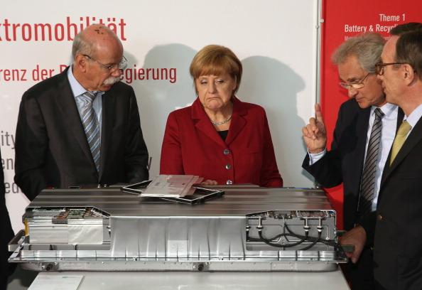 Electricity「German Government Hosts Electro-Mobility Congress」:写真・画像(17)[壁紙.com]
