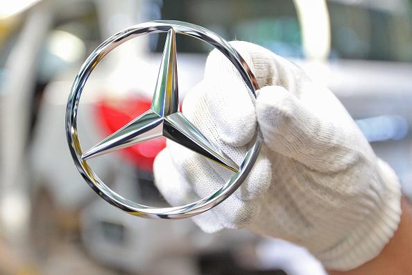 ダイムラーAG「Mercedes-Benz Launches New A-Class Production」:写真・画像(1)[壁紙.com]