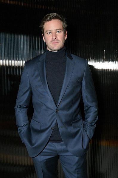 Armie Hammer「BOSS Menswear - Front Row - February 2018 - New York Fashion Week Mens'」:写真・画像(3)[壁紙.com]