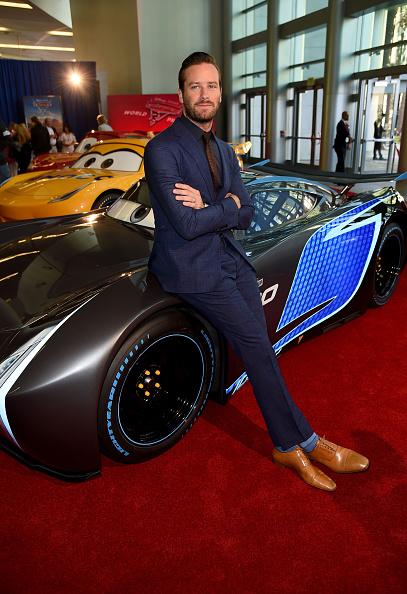Armie Hammer「Premiere Of Disney And Pixar's 'Cars 3' - Red Carpet」:写真・画像(7)[壁紙.com]