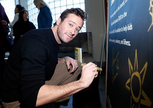 Armie Hammer「Life is Good at GOLD MEETS GOLDEN Event in Los Angeles」:写真・画像(10)[壁紙.com]