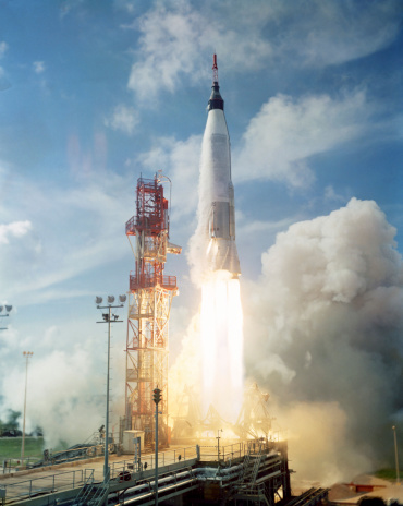 1960-1969「September 13, 1961 - View of the launch of the Mercury-Atlas 4 spacecraft from Cape Canaveral, Florida.」:スマホ壁紙(6)