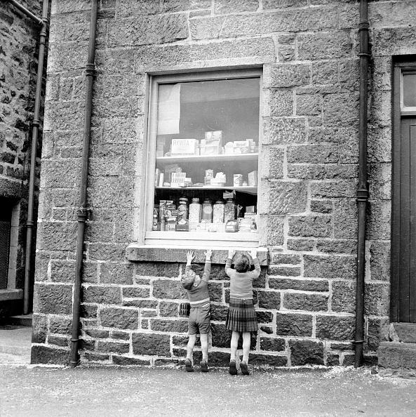 Sweet Food「Children At Window」:写真・画像(14)[壁紙.com]