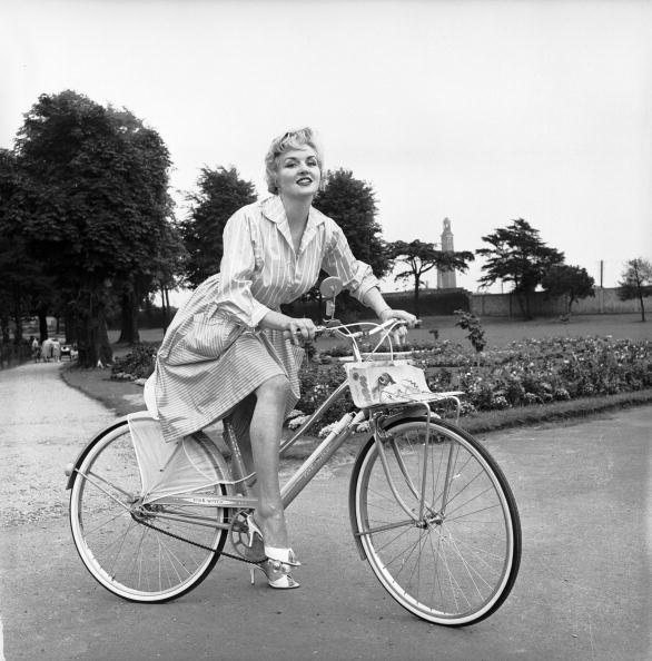 Fashion「Glamour Bike」:写真・画像(14)[壁紙.com]