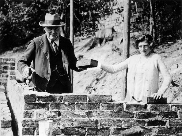 Brick Wall「Two Churchills」:写真・画像(17)[壁紙.com]