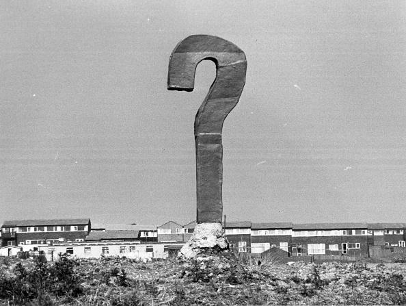 問う「Question Mark」:写真・画像(0)[壁紙.com]