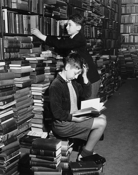 Boys「Reading Books」:写真・画像(12)[壁紙.com]