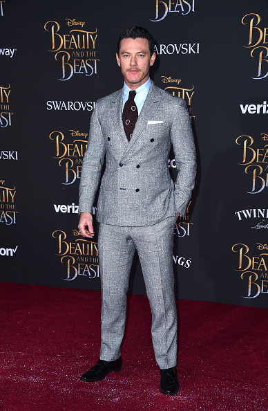 "El Capitan Theatre「Premiere Of Disney's ""Beauty And The Beast"" - Arrivals」:写真・画像(1)[壁紙.com]"