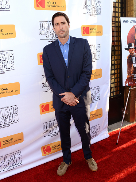 """Suede「Premiere Of Momentum Pictures' """"Outlaws And Angels"""" - Arrivals」:写真・画像(11)[壁紙.com]"""