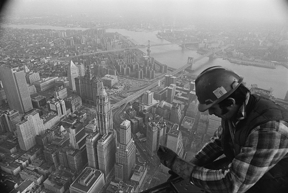 Construction Industry「On Top Of The World」:写真・画像(1)[壁紙.com]