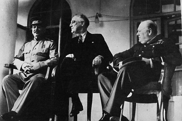 Franklin Roosevelt「'The Big Three met at Teheran', 1943, (1945)」:写真・画像(19)[壁紙.com]