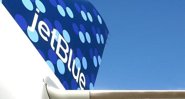 Kennedy Airport「Jet Blue Airways Celebrates Third Birthday」:写真・画像(3)[壁紙.com]