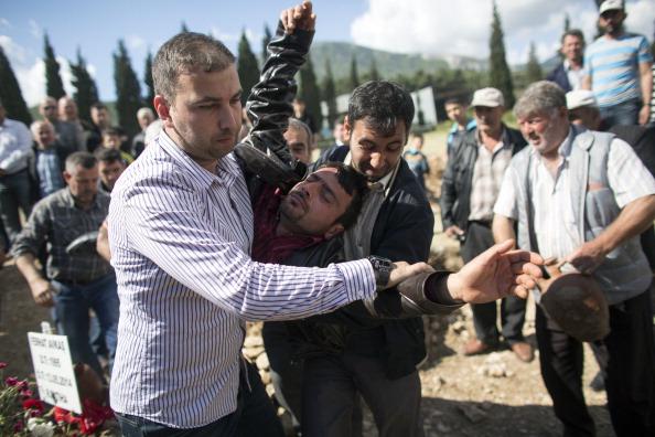 Oli Scarff「Turkey Mine Disaster Death Toll Rises Above 280」:写真・画像(9)[壁紙.com]