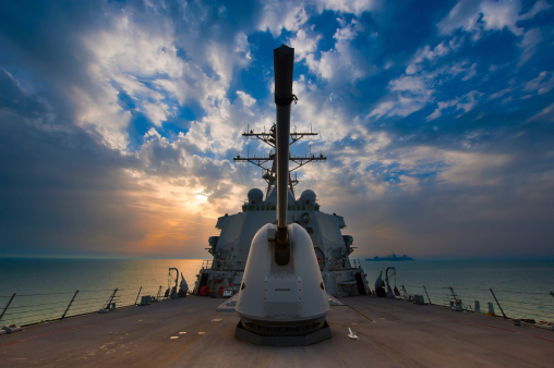Military Ship「Arabian Sea, March 22, 2011 - The guided-missile destroyer USS Higgins (DDG-76) is underway in the Arabian Gulf. 」:スマホ壁紙(16)