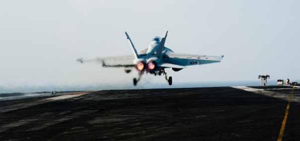 Indian Ocean「Arabian Sea, January 15, 2012 - An F/A-18F Super Hornet launches off the flight deck of the Nimitz-class aircraft carrier USS John C. Stennis.」:スマホ壁紙(5)