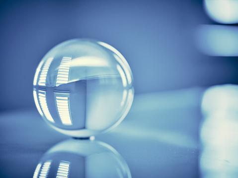 Crystal「Glass Orb Sphere Blue Toned」:スマホ壁紙(11)