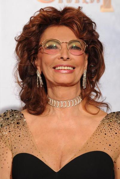 Necklace「67th Annual Golden Globe Awards - Press Room」:写真・画像(11)[壁紙.com]