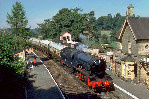 Valley「Severn Valley Railway. Ex L.M.R. 2-10-0 No.600 Gordon arrives at Arley with 12:05 ex Bridgnorth. 16.09.1979.」:写真・画像(16)[壁紙.com]