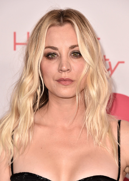 Kaley Cuoco「6th Annual Hilarity For Charity - Arrivals」:写真・画像(10)[壁紙.com]