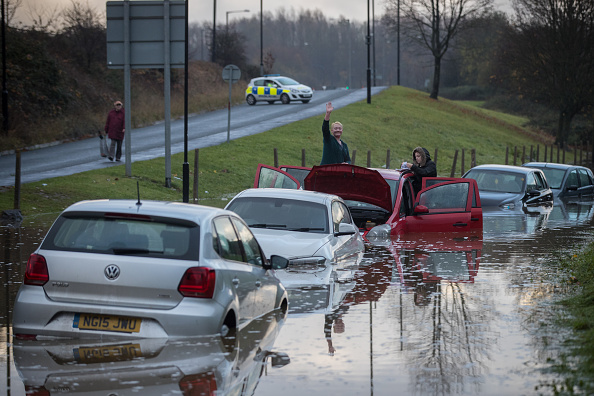 Flood「Met Office Issue Severe Weather Warnings After A Weekend Of Storms」:写真・画像(10)[壁紙.com]