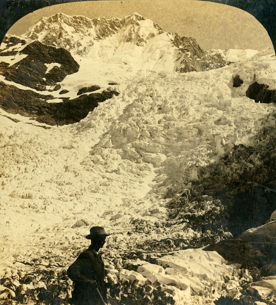 Ice Sculpture「The Hochstetter Ice Falls」:写真・画像(3)[壁紙.com]