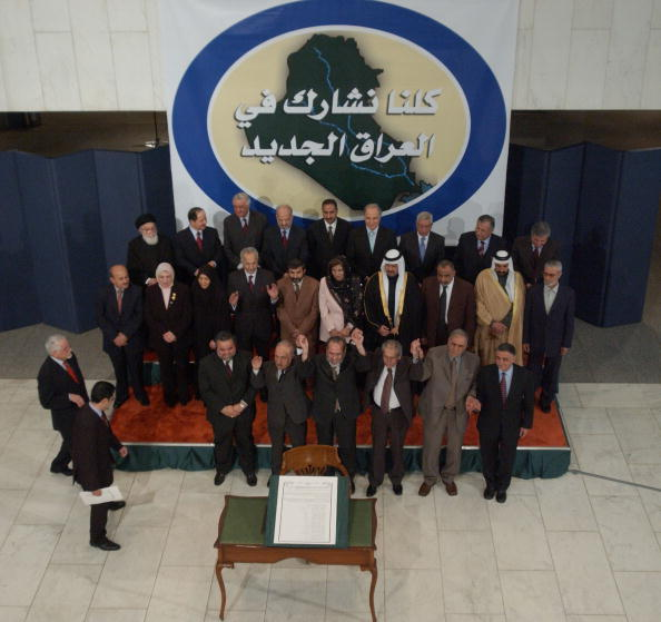 Iraqi Governing council「Iraqi Council Signs Interim Constitution」:写真・画像(9)[壁紙.com]