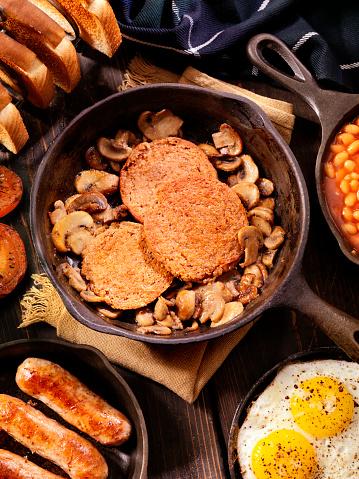 Tartan check「充実した朝食で、伝統的なスコットランド風のハギス」:スマホ壁紙(9)
