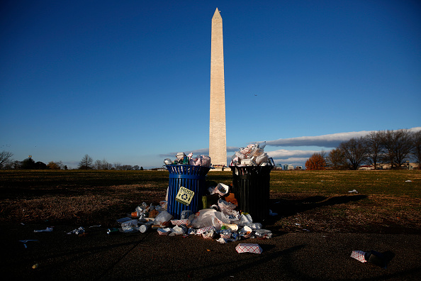 Garbage「Partial Government Shutdown Continues As Congress And President  Fail To Reach Deal」:写真・画像(18)[壁紙.com]