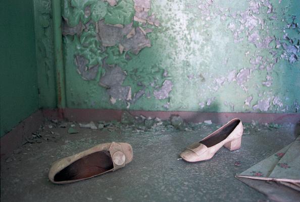 Obsolete「Abandoned Shoes Pripyat」:写真・画像(2)[壁紙.com]