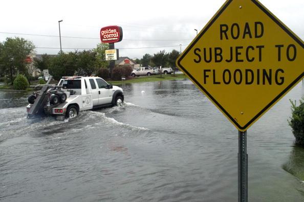 Coastal Feature「Ernesto Flirts With Hurricane Status Again Near Carolina Coast」:写真・画像(10)[壁紙.com]