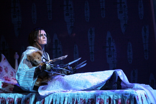 Photoshot「Edward Scissorhands Ballet At Sadler's Wells Theatre」:写真・画像(15)[壁紙.com]