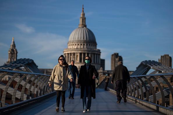 London - England「The UK's Capital Adjusts To Life Under The Coronavirus Pandemic」:写真・画像(0)[壁紙.com]
