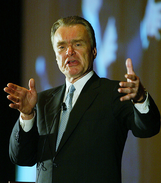 James Nielsen「Continental Airlines CEO Speaks At Greater Houston Partnership」:写真・画像(14)[壁紙.com]