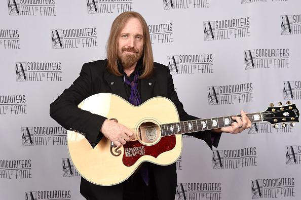 作詞家「Songwriters Hall Of Fame 47th Annual Induction And Awards - Backstage」:写真・画像(6)[壁紙.com]