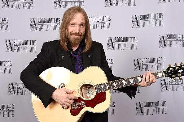 作詞家「Songwriters Hall Of Fame 47th Annual Induction And Awards - Backstage」:写真・画像(3)[壁紙.com]