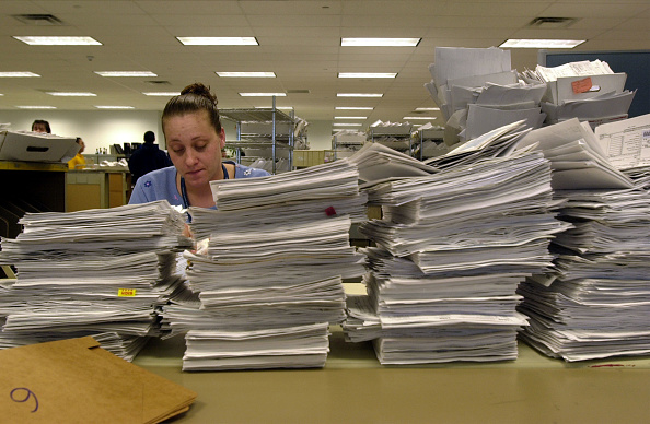 Politics「IRS Filing Deadline Coming Near」:写真・画像(8)[壁紙.com]