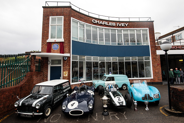 ビジネスと経済「English Heritage Honour The Cooper Car Company With A Blue Plaque」:写真・画像(8)[壁紙.com]
