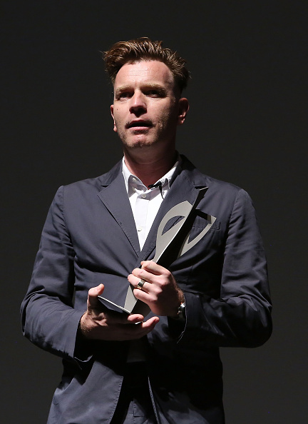 Baja California Peninsula「Ewan McGregor Honored At The 4th Annual Los Cabos International Film Festival Closing Night Gala In Cabo San Lucas, Mexico」:写真・画像(3)[壁紙.com]