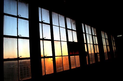 Wood Paneling「Industrial Window Pane with Sunset Shining Through」:スマホ壁紙(14)