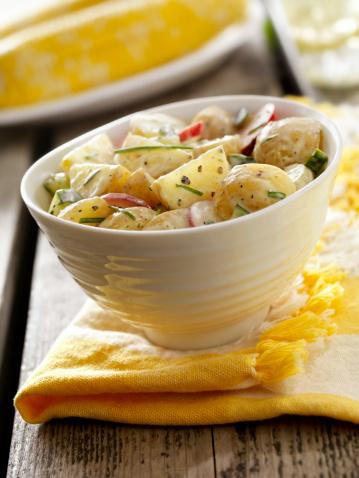 Radish「Potato Salad at a Picnic」:スマホ壁紙(1)
