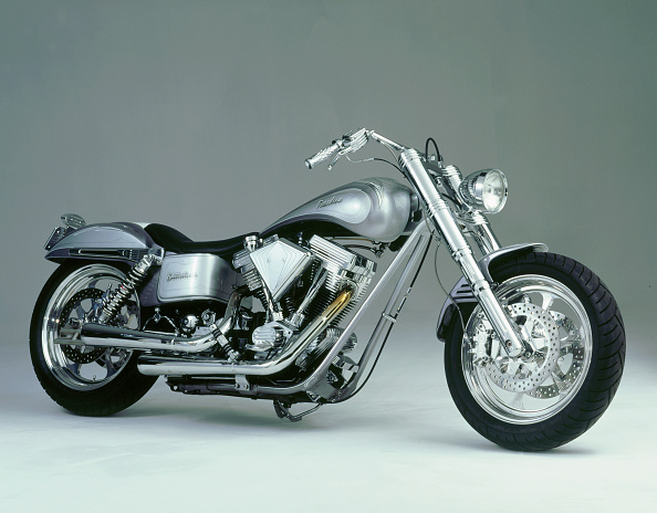オートバイ「1996 Harley Davidson Pasadena by Battistinis custom conversions」:写真・画像(6)[壁紙.com]