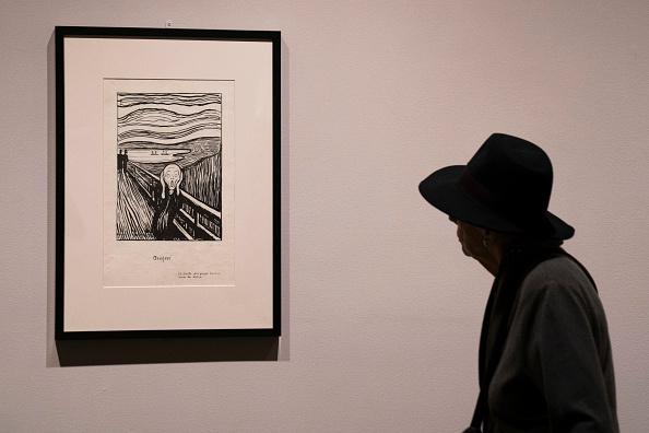 クレヨン「Press Preview Held For Edvard Munch Exhibition At The Met Breuer」:写真・画像(7)[壁紙.com]