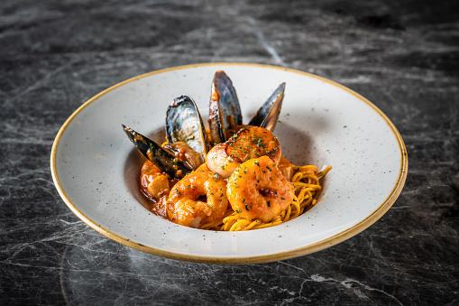 Tomato Sauce「Italian Seafood Pasta」:スマホ壁紙(13)