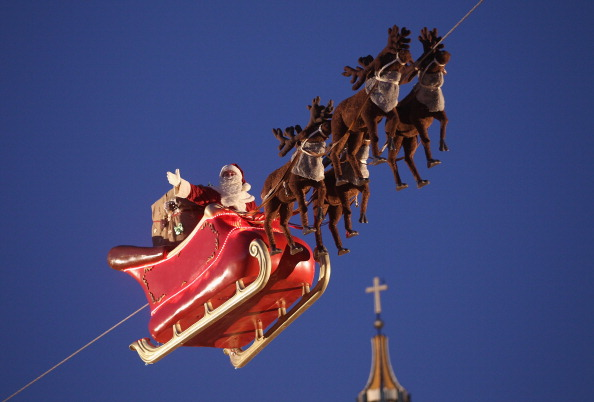 Santa Claus「Christmas Markets Open Across Germany」:写真・画像(2)[壁紙.com]