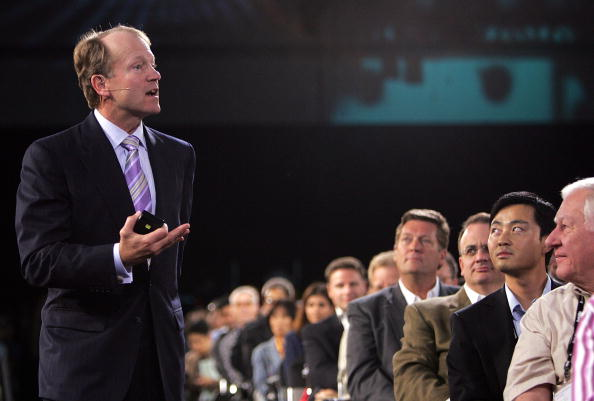 Public Speaker「Technology Leaders Address Oracle Open World Conference」:写真・画像(16)[壁紙.com]