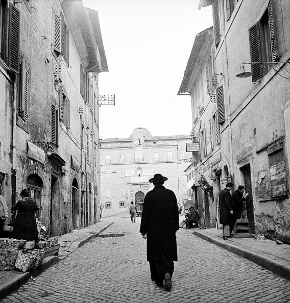 Priest「Specola Vaticana」:写真・画像(13)[壁紙.com]