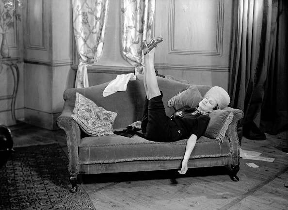 Sofa「Undignified Rest」:写真・画像(18)[壁紙.com]